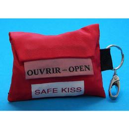 Safe kiss + latex handschoen in sleutelhanger